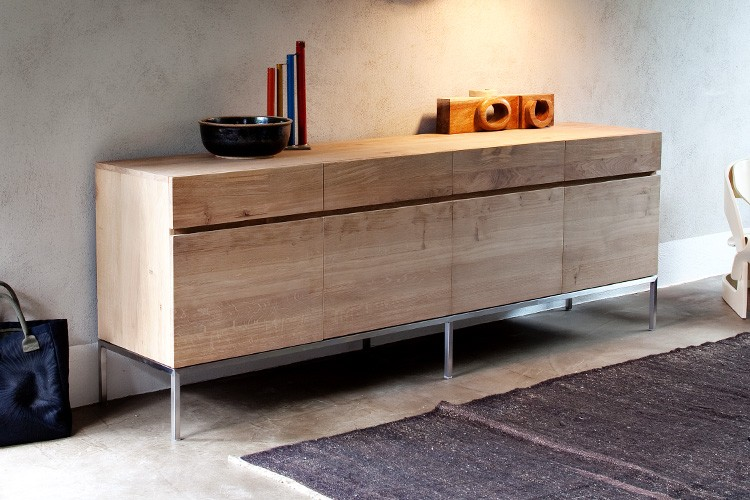 sideboard hangend flur die neuesten innenarchitekturideen. Black Bedroom Furniture Sets. Home Design Ideas