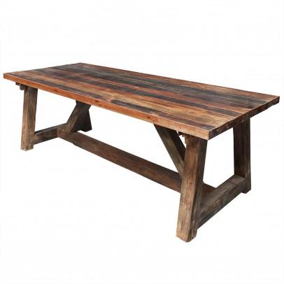 Rustikaler Esstisch mit Holzgestell